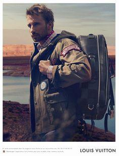 """Matthias Schoenaerts, el nuevo """"gentleman traveller"""" de Louis Vuitton"""