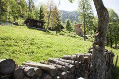 Mitten in der #Natur, am Fuße der #Alpen in #Bayern liegt ein idyllisches Gesundheitsresort mit zauberhaften historischen Lufthütten und Türmen mit besonderer #Architektur ... #Urlaub machen, wo die Quelle des Lebens und der Freude entspringt. http://natur-hotel-tannerhof.de