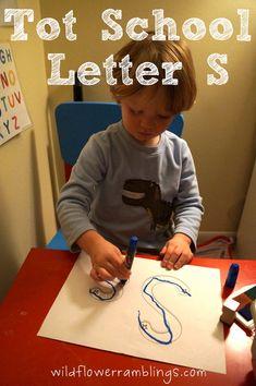 Tot School Printables Letter S is for Star from Wildflower Ramblings #totschool