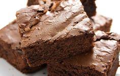 Aprende cómo preparar estos tentadores brownies con y sin gluten - IMujer