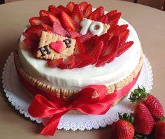 Vanilkový dort s jahodami - Víkendové pečení Cheesecake, Birthdays, Cupcakes, Recipes, Food, Kids, Anniversaries, Young Children, Cupcake Cakes