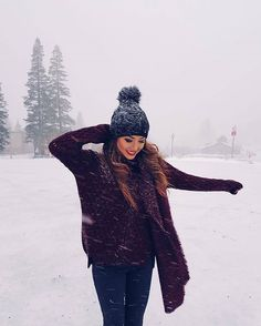 Find images and videos about girl, fashion and style on We Heart It - the app to get lost in what you love. Winter Fashion Outfits, Autumn Winter Fashion, Trendy Outfits, Fashion Ideas, Tumblr Bff, Jessica Ricks, Winter Instagram, Best Photo Poses, Snow Girl