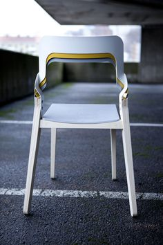 DESIGN TO CONNECT - your inspiration source for joining methods and connections: Layer chair | Bolt and nut
