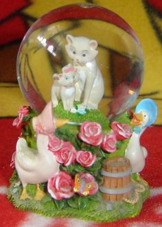 Disney Aristocats Snow Globe