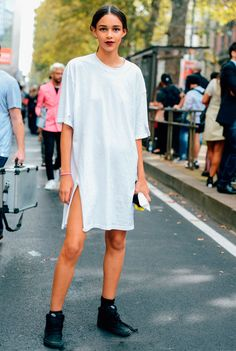 T-Shirt Dress is a PERFECT staple to pair wit an @HiStreet Accessories !!!