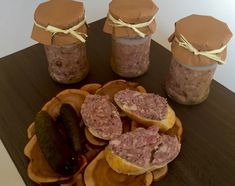 Domowa kiełbasa słoikowa - Blog z apetytem Kielbasa, Smoking Meat, Kitchen Recipes, Preserves, Food To Make, Sausage, Food And Drink, Beef, Homemade