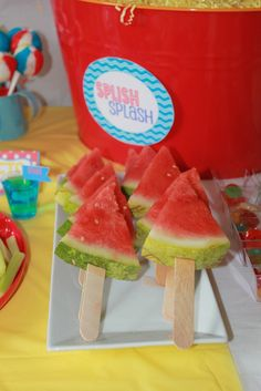 "Yaz partileri icin cok guzel Photo 7 of Water Party / Summer ""Splish Splash Bash"" Water Birthday Parties, Summer Birthday, Luau Party, Summer Parties, Beach Party, Summer Bash, Birthday Banners, Farm Birthday, Birthday Ideas"