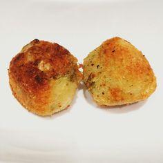 Polpette carciofi e patate. Ricetta sul blog!! http://foodymary.wixsite.com/foodymary/single-post/2016/10/13/Polpette-di-carciofi-e-patate