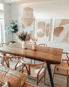 Dining Room Wall Decor, Dining Room Design, Kitchen Decor, Dining Rooms, Diningroom Decor, Kitchen Styling, Dining Area, Kitchen Ideas, Dining Table