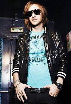 David Guetta el dj de moda http://www.elcomercio.es/multimedia/fotos/ultimos/87098-david-guetta-moda-0.html