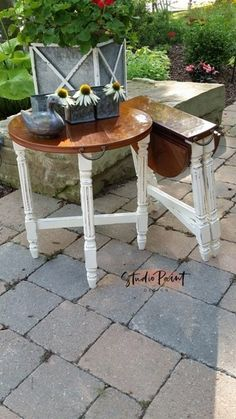 Painted Folding End Tables Painted Furniture Unique End Tables DIY Inspiration Annie Sloan Chalk Paint Recycled Furniture, Colorful Furniture, Unique Furniture, Shabby Chic Furniture, Rustic Furniture, Vintage Furniture, Luxury Furniture, Folding Furniture, Furniture Nyc