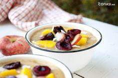 Desayuno de frutas veraniego