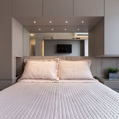 Hotel Room Design, Luxury Bedroom Design, Bedroom Closet Design, Small Room Design, Bedroom Wall Designs, Bedroom Furniture Design, Bedroom Decor, Master Bedroom Interior, Small Master Bedroom