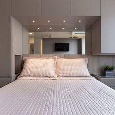 Luxury Bedroom Design, Hotel Room Design, Master Bedroom Interior, Bedroom Closet Design, Small Master Bedroom, Small Room Design, Bedroom Wall Designs, Bedroom Furniture Design, Bedroom Decor