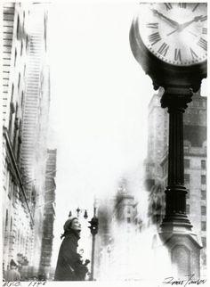 New York City, 1948 - Louis Faurer Photography Lessons, Candid Photography, Documentary Photography, White Photography, Street Photography, Nature Photography, Henri Cartier Bresson, Louis Faurer, Edward Steichen