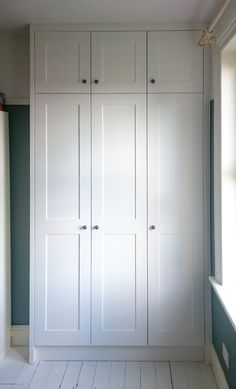 Simple Shaker wardrobe - Shaker wardrobe finished in farrow and ball 'all white'. Fitted furniture by TW Bespoke in Staf - Alcove Wardrobe, Home Bedroom, Closet Bedroom, Bedroom Cupboards, Bedroom Interior, Built In Cupboards, Closet Decor, Bedroom Built In Wardrobe, Closet Design