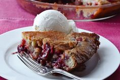 Easy Cranberry & Apple Cake / Quentin Bacon