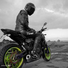 Insta: @rhinelandrider -#motorcycle #motorcycles #bike #ride #rideout #fz07 #biker #bikergang #mt07 #dainese #bikelife #streetbike #daineserider #yamahamt07 #daineseleathers #yamahabike #motorbike #bikerboyz #leathers #bikerboy #bikerboysofinstagram #supermoto #dainesesuit #leathersuit #sportbiker #cruising #yamaha #yamahafz07 #dainesemoto