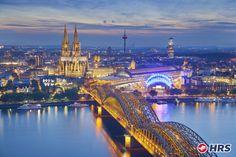 Warum nicht einen Frühlingstrip nach #Köln buchen? Das gemütliche #Hotel  Geisler Garni mit hauseigener Bäckerei und Konditorei heißt euch für nur 38€ zu zweit herzlich willkommen! Entdeckt die Domstadt mit ihren Highlight wie den Kölner Dom, das Schokoladenmuseum oder geht in der schönen Innenstadt shoppen.