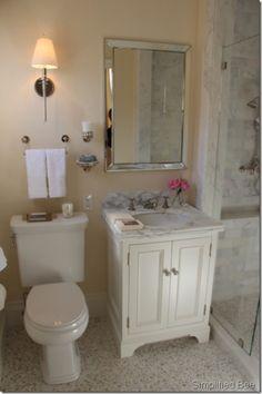 Adorable little bathroom