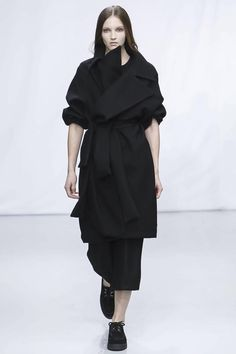 Moon Young Hee  Ready To Wear F / W 2014