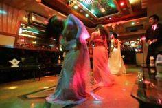 महाराष्ट्रः बार डांसरों को छूने पर होगी छह महीने की सजा या 50,000 जुर्माना