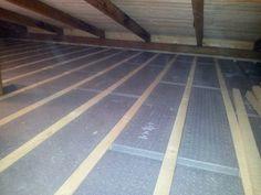 alpor Deckendämmung GD Standard-Holzlatten 3/5 in vorgesehene Ausnehmungen einlegen Diy, Wood Slats, Pickling, Bricolage, Do It Yourself, Homemade, Diys, Crafting