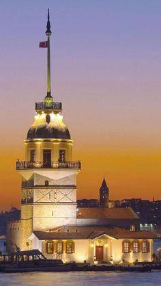Kız Kulesi (Maiden's Tower) İstanbul, Turkey