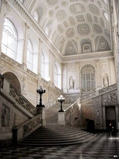 Palazzo Reale (Napoli, Italy) by bruce_