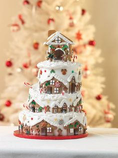 4 Tier Christmas Cake and Gingerbread House - Cake by Culpitt Cake Club Linds, you could do this… look closely … you can do it. Christmas Cake Designs, Christmas Cake Decorations, Christmas Sweets, Christmas Cooking, Holiday Cakes, Christmas Goodies, Simple Christmas, Christmas Cakes, Xmas Cakes