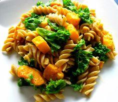 Karis' Kitchen | A Vegetarian Food Blog: Butternut Squash Pasta Sauce & How to Cut a Butternut Squash