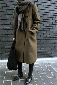 If You Think Uniforms Are Boring, Think Again - Wheretoget Khaki Coat, Black Wool Coat, Long Wool Coat, Long Trench Coat, Green Coat, Green Winter Coat, Fall Winter, Autumn Winter Fashion, Fashion Black