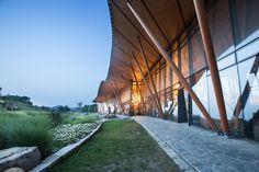 Gallery of Vance Tsing Tao Pearl Hill Visitor Center / Bohlin Cywinski Jackson - 3
