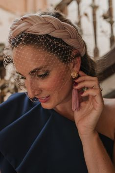 Inbox Guest Look: Blaue Nacht Uncategorized - Hochzeitskonfessionen - hannah Turbans, Turban Headbands, Headband Hairstyles, Wedding Hairstyles, Turban Headband Tutorial, Personal Beauty Routine, Beauty Routines, Cucumber Beauty, Fascinator Hats