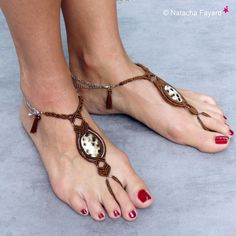 Foot jewelry barefoot sandals feet micro macrame shell miyuki boho bohemian hippie gipsy chic french designer / Hand made in France