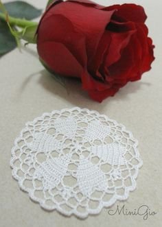 One Miniature crochet white doily handmade with viscose embroidery thread and a tiny hook. This doily will give a romantic touch to you dollhouse, perfect for 1:12 scale, the stitches are so small that it can also be used in 1:24 scale. It has a diameter of 5.0 cm (1 15/16 inches). Each