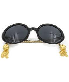 Womens Sunglasses Chain Frame Round Lens Fashion Style - Gold/Black - C211ZIRIDCT #Womens#Sunglasses#Chain#Frame#Round#Lens#Fashion#Style#Gold#Black#C211ZIRIDCT Oval Sunglasses, Oversized Sunglasses, Polarized Sunglasses, Sunglasses Women, Outdoor Woman, Vintage 70s, Black Gold, Lens, Unisex