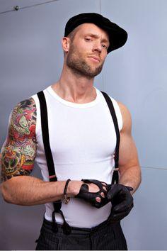 beard + tattoo + gloves = perfection!