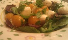 Mozzarella and Tomato Salad | Do.Food.Better. |  #SeriousYum™