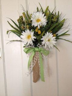 Pretty door bouquet!
