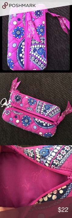 Vera Bradley, pink/blue keychain handheld wallet. This is a brand new pink/blue/white handheld keychain wallet. Great for a few keys, drivers license and some change/cash. No smoking home. Vera Bradley Accessories Key & Card Holders