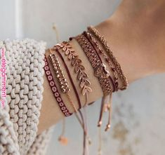 Pin by Raq Mac on Bracelets in 2019 - Women& Jewelry and . - Pin von Raq Mac auf Bracelets im Jahr 2019 – Damen Schmuck und Accessoires Raq Mac& Pin on - Stylish Jewelry, Cute Jewelry, Body Jewelry, Fashion Jewelry, Women Jewelry, Jewelry Logo, Silver Jewelry, Antique Jewelry, Purple Jewelry