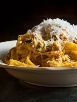 The ONLY Pasta Recipe You Need This Fall & Winter #refinery29  -  veggies, cheese, spicy, cream.  adjust prn.     lj