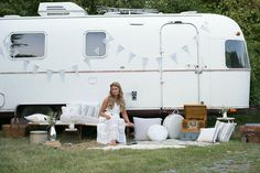 Creative Genius: Meet Ruthie Collins (and Amelia Earstream) >>> http://blog.diynetwork.com/maderemade/2015/03/10/ruthie-collins-airstream/?soc=pinterest