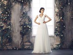 V-neck Ivory 2013 Wedding Dresses  Price $318.99 #asapbay