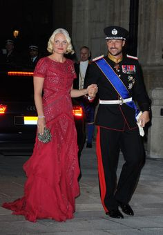 Princess Mette-Marit of Norway.  Maybe I'll wear this to the next Marine Corps Ball.  ;)