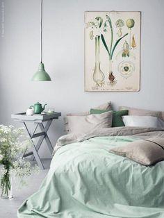 Przytulna sypialnia w odcieniach pastelowych