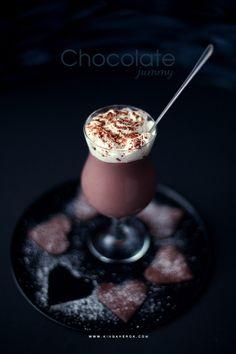 www.kingaherok.com Panna Cotta, Chocolate, Ethnic Recipes, Food, Dulce De Leche, Essen, Chocolates, Meals, Brown
