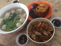 "Description A local favourite (popularly known to have originated from Bukit Mertajam ""BM""). Also, associated to hawker (street stall) food. The soup base is made from salted pickled ve…"