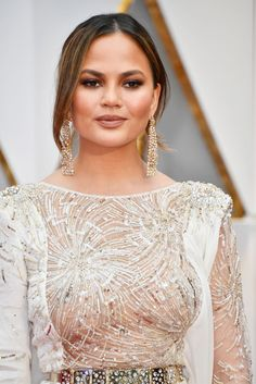 Chrissy Teigen wears the to-be-released Glossier blush at the 2017 Oscars. Sign up to be first to get it: https://www.glossier.com/cloud-paint